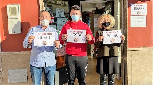 La felicidad de los loteros almerienses que han dado el primer quinto premio