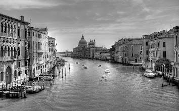 Photo: Venezia - Kanál Grande - v pozadí Santa Maria della Salute http://www.turistika.cz/rady/23-benatky-venezia-italie