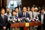 【施政報告】民主派離場抗議 斥林鄭回應馬凱事件欠誠意