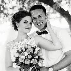 Wedding photographer Vika Nazarova (vikoz). Photo of 10.07.2016