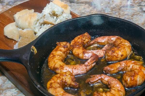 Appetizer Essentials: Pan-fried Garlic Shrimp Recipe
