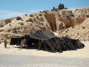 Photo: Matmata - pomieszczenia zimowe i letnie z namiotem dla dzieci.