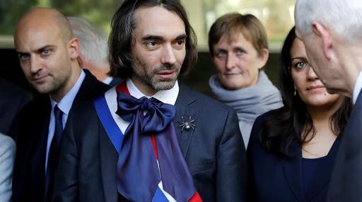 Cédric Villani tisse sa toile à Paris