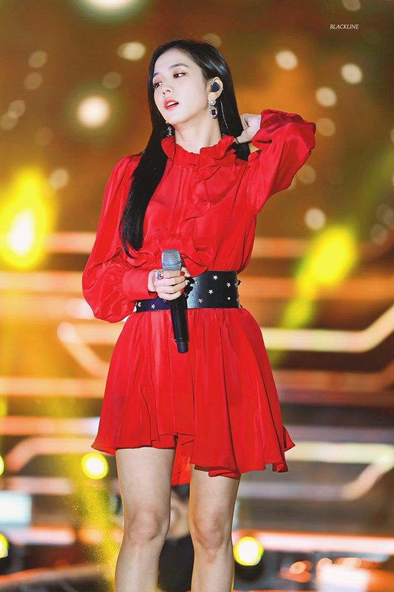 jisoo red 25