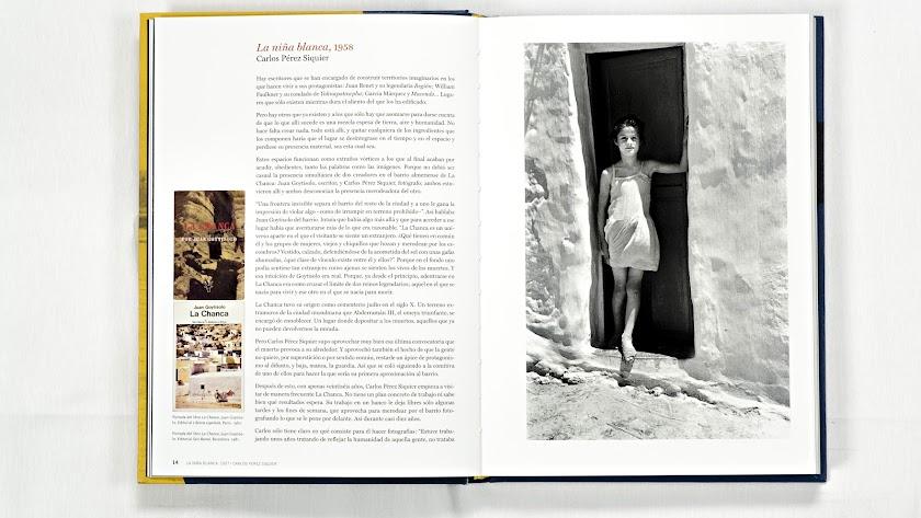 El libro incluye material que contextualiza el trabajo de los fotógrafos. Esta imagen, por ejemplo, muestra el escenario que Jorge Rueda montó en su