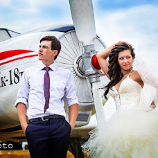 Wedding photographer Sergey Shikin (blitzfoto). Photo of 08.04.2013