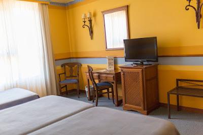 ROOMS - Triple room