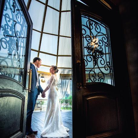 Wedding photographer Elena Bykova (eeelenka). Photo of 04.10.2017