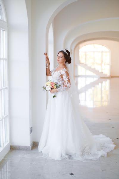 Wedding photographer Ilya Latyshev (iLatyshew). Photo of 23.07.2019