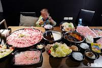 肉多多火鍋-中科店