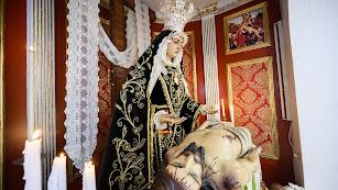La imagen titular de Nuestra Señora de las Angustias, en la iglesia de San Juan Evangelista.
