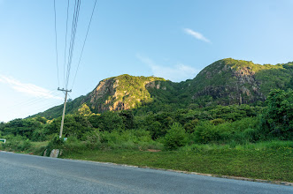 Photo: on the road to Cỏ Ống airport