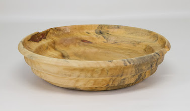 "Photo: Ellen Davis 8 1/2"" x 2"" bowl [box elder]"