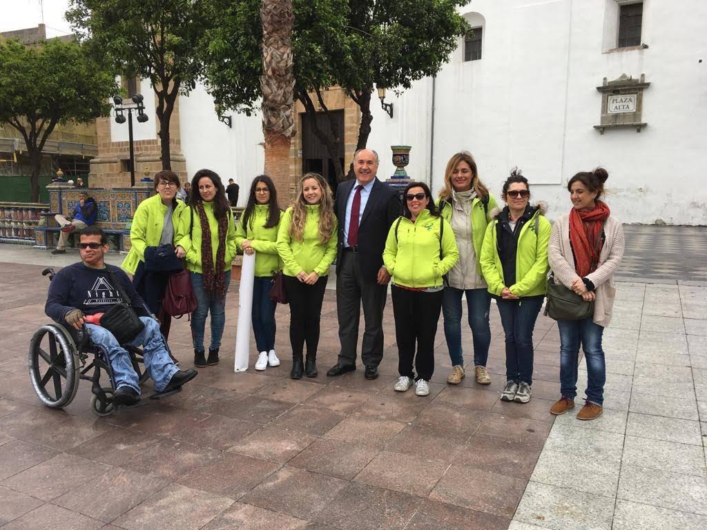 El alcalde respalda la concentración en rechazo de la violencia de género