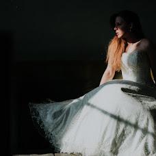 Wedding photographer Vasilis Moumkas (Vasilismoumkas). Photo of 14.02.2018