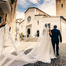 Wedding photographer Nicola Centoducati (nik100). Photo of 14.02.2019