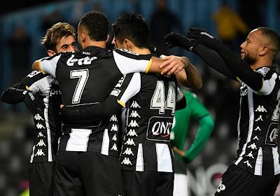 Charleroi houdt de punten thuis na makkelijke avond tegen Cercle