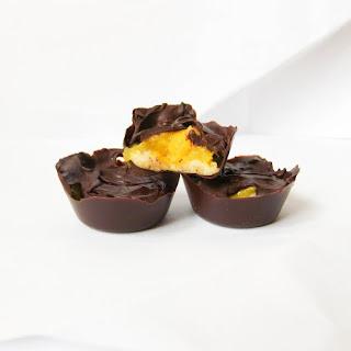 Dark Chocolate Mango Macadamia Nut Butter Cups