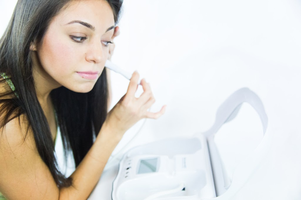 AT HOME MICRODERMABRASION TREATMENT