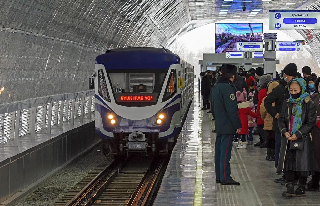 Прибытие поезда на станцию 5_бекат