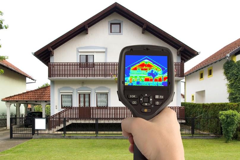 Badanie termowizyjne budynku.