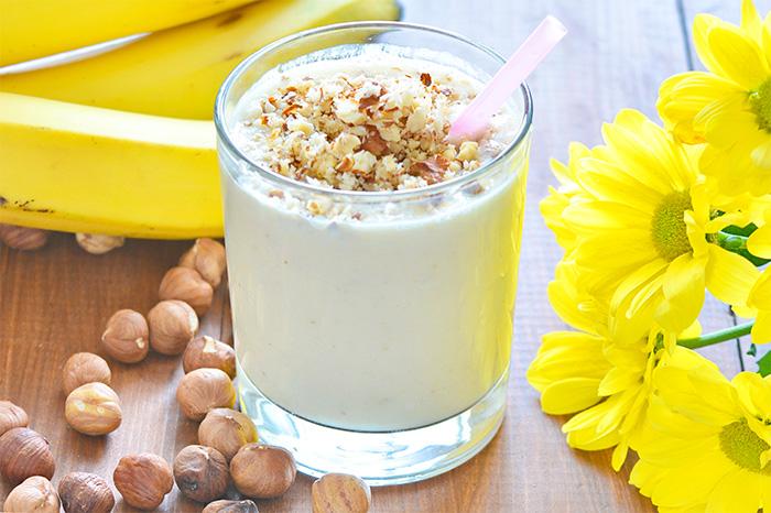 Hazelnut Banana Yogurt Smoothie