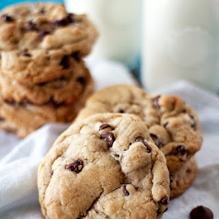 """""""the Chewy"""" Chocolate Chip Cookies"""