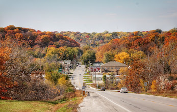 Photo: Autumn entering Excelsior Springs from the east.
