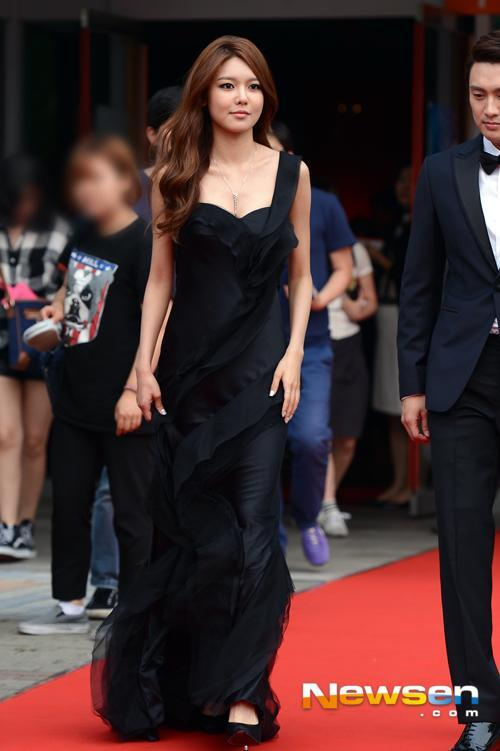 sooyoung gown 27