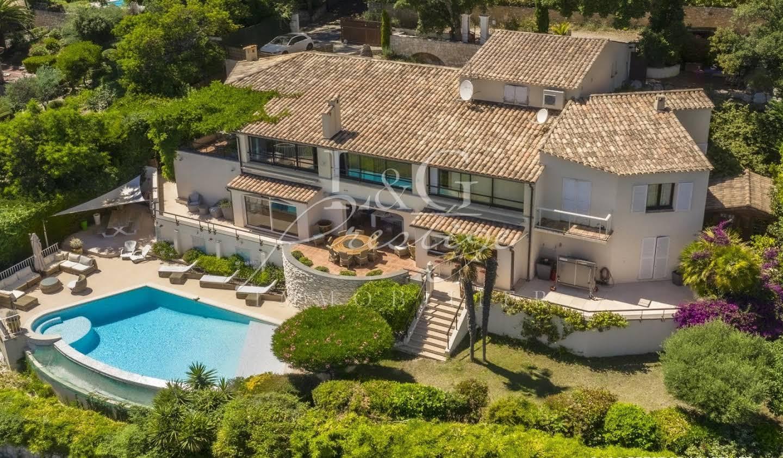 Villa with terrace Mandelieu-la-Napoule