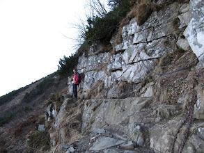 Photo: 11.Akademicka Perć - trawers przy skałach. Ten odcinek jest akurat dość łatwy.