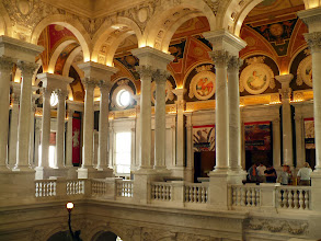 Photo: The gallery above the main entrance with, on the north side, the entrance to an exhibition about early maps of North America.  Photo: 3 September 2013.