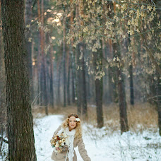 Wedding photographer Marina Pokachalova (Temari). Photo of 08.04.2014