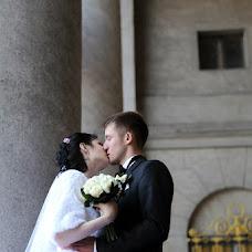 Wedding photographer Viktoriya Lutova (vika743). Photo of 26.12.2014