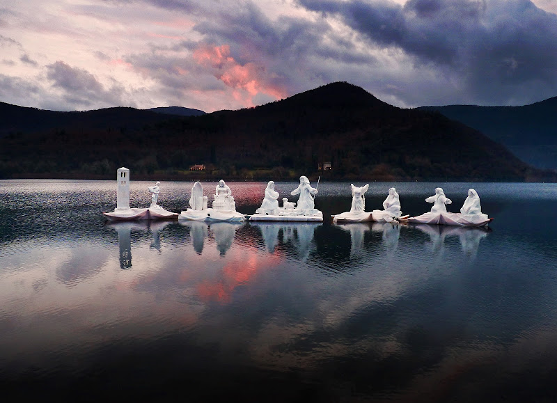 Presepe sul lago di Justinawind