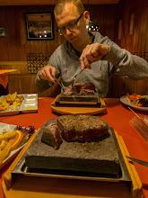 Photo: Zur Hölzernen Klinke - Steaks vom Heißen Grillstein