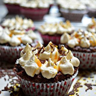 Caramel Mudslide Cupcakes