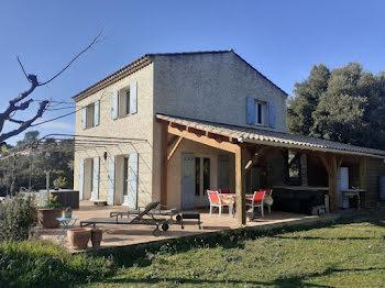 maison à Sillans-la-Cascade (83)
