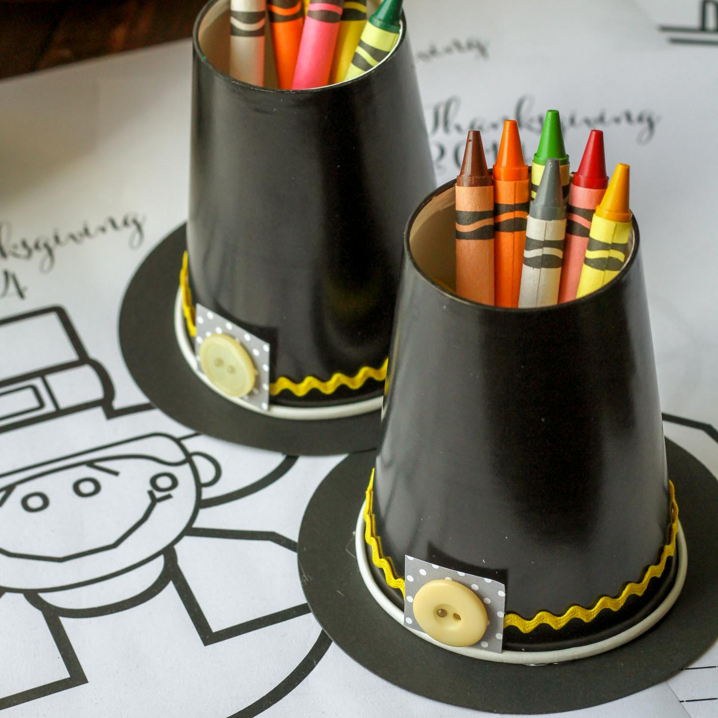 Pilgrim Hats: These 25 Thanksgiving Crafts for Kids will get everyone into the thanksgiving spirit.