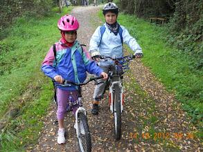 Photo: Alpignano - Giada e Alberto sulla ciclabile lungo la Dora Riparia