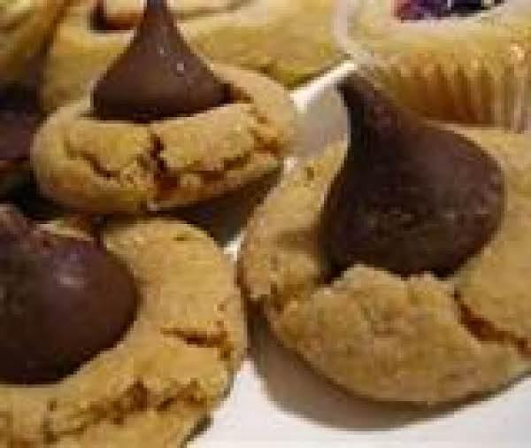 Mema's Simple Peanut Butter Cookie Recipe