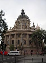Photo: A bazilika Budapest második, Magyarország harmadik legmagasabb épülete a maga 96 méterével, hossza 87 és fél méter, szélessége pedig 55 méter