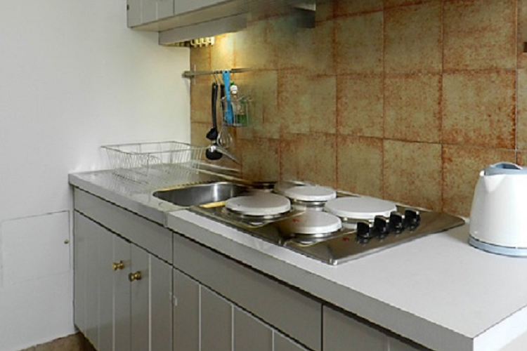 Kitchen at Place de Thorigny