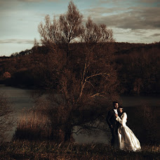 Wedding photographer Gábor Badics (badics). Photo of 10.12.2018