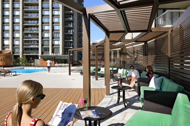 the-towers-at-longfellow-apartments-pool-deck1