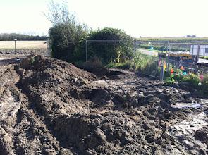 Photo: KPN op zoek naar een kabeltje (na 5 uur graven gevonden)