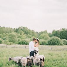 Wedding photographer Olya Kobruseva (LeelooTheFirst). Photo of 06.07.2018
