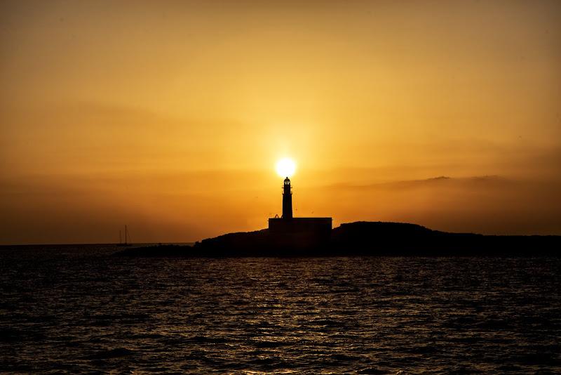 A lighthouse in Ibiza di ene91