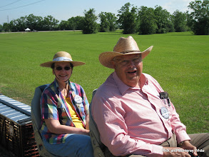 Photo: Mary Lou and Jerry Schoenberg.  HALS-SLWS 2009-0522