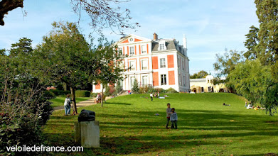 Photo: Le jardin du Potager du Dauphin - Guide de balade à vélo de Sceaux à Meudon par veloiledefrance.com